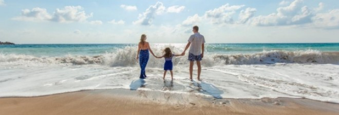 11 Ways To Save A Ton Of Money On Your Beach Holiday