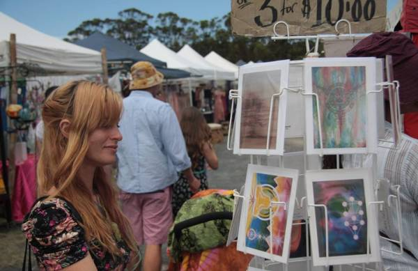 Browse the Byron Market. Image source: facebook.com/byron.markets