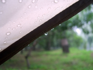 No one likes a wet tent! Image source: www.everswicks.com