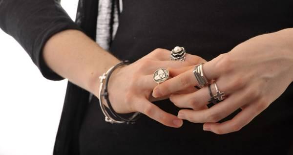 Beautiful Byron Bay jewellery. Image source: www.jewelsbyjacqueline.com.au